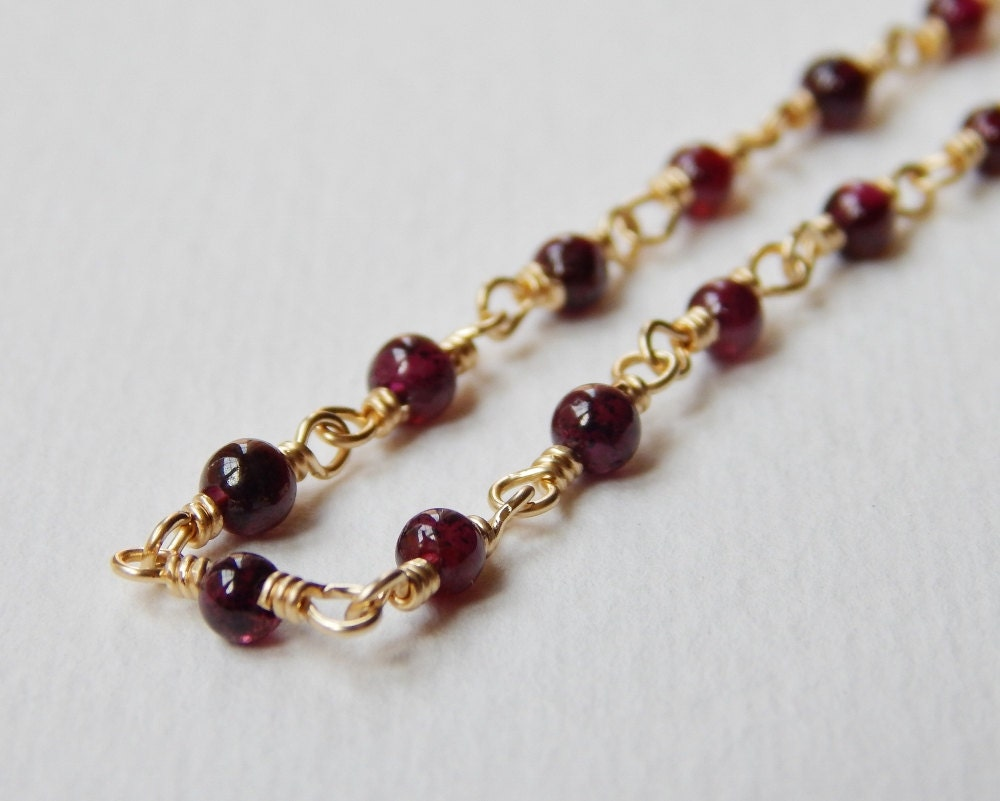 tiny garnet necklace beaded gold filled by veronicarussekjoyas