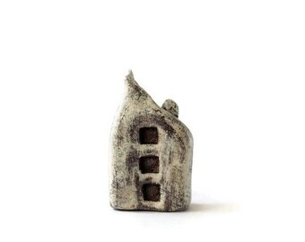 Clay House / Hand Sculpted / Little House / Rustic Decor / Distressed Brown / Miniature Home