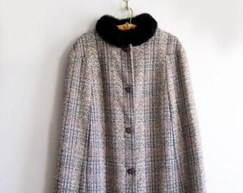 1970s Plaid Cape Faux Fur Collar, SALE