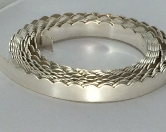 1 FOOT- .999 silver scalloped 30G bezel wire, gallery wire, stone setting, craft supply, jewelry making