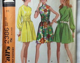 McCall's 2386 Fun 70s Hippie Dress Vintage Sewing Pattern Bust 34