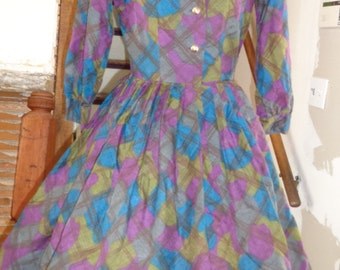 Vintage 1950s 60s Shirt dress in Multi Color Print