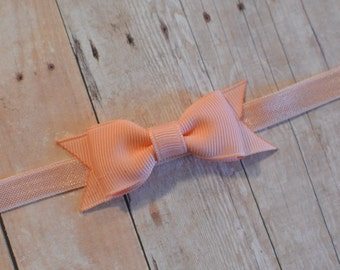 Peach Bow Headband. Small Peach Bow with Spike. Easter Headband. Baby Hair Accessories. Baby Girls Hair Accessories. Peach Baby Headband