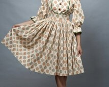 vintage 50s day dress full skirt medallion print puff sleeves cotton S M