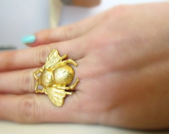 Raw brass bumble bee ring - golden bee statement ring - adjustable ring