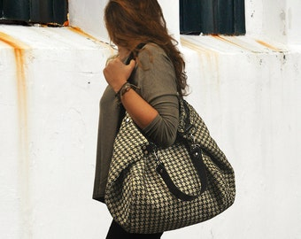 Houndstooth in black and offwhite for our shopping bag  Julia with blacl leather details MADE TO ORDER From iyiamihandbags