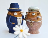 Loose tea or coffee holders: just married babooshi couple