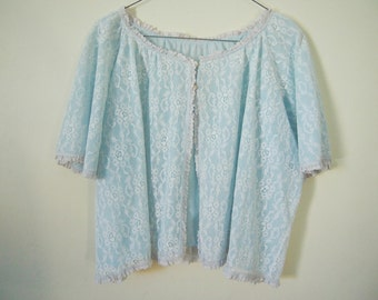 Vintage 1950s pale blue lace night shirt top