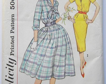 Simplicity 2580 1950s Vintage Dress In 2 Skirt Styles