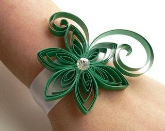 Green Wrist Corsage,Emerald Flower Wedding Wrist Corsage, Green Corsage, Mother of the Bride, Bridal, Prom, Homecoming, Baby Shower
