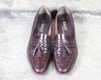 Bally shoes, men vintage loafers,  80's maroon mahogany leather tassel loafer slippers, shoes, slip on, men's 9.5  43.5