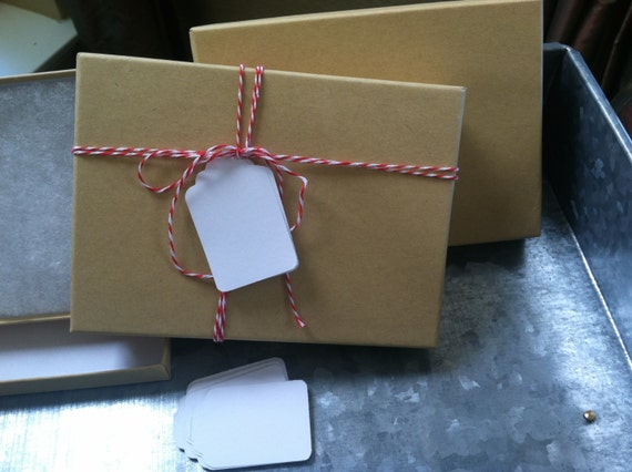 Dozen natural kraft jewelry boxes with twine and tags 514 x 33