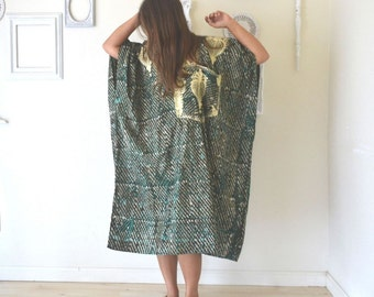 Batik Caftan Robe Vintage Embroidered Ethnic Teal Green Golden Hippie Boho Pullover 1960s Caftan Large XL