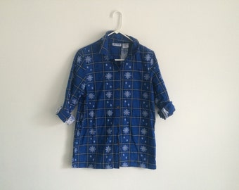 1990s HIPSTER rustic snowflake flannel / ugly christmas / sweater party / christmas flannel