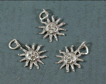 Sterling Silver Smiling Sun - Large 22x16mm Size - Sold Per Piece - CR3SU