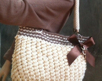 INSTANT DOWNLOAD Scales Texture Handbag with Bow  - Crochet Pattern