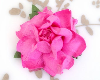Fuchsia Pink DIY Flowers, Pink Wedding Flowers, DIY Place Cards, Place Card Holder, Place Cards Wedding, DIY Name Cards, diy table decor