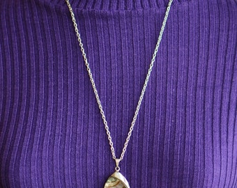 SALE Vintage 1960s 1970s space-age silvertone metal pendant abalone shell, stamped 'Exquisite', on silvertone chain