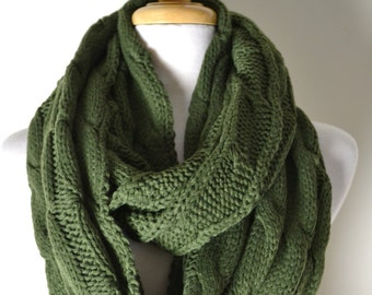 SALE OLIVE Green Chunky Knitted Loop Infinity Circle Scarf Cable Pattern Snood Cowl Women's Fashion Accessory
