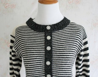 Vintage 60s Sweater, 1960s Striped Sweater, Nautical, Color Block