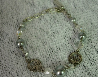 EAST Silver-Tone Bracelet with Bluish Gray Pearl and Crystal Beads