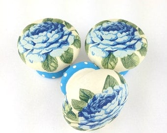 Door knob, blue roses design, wooden drawer knob, 45mm, cabinet knob, drawer pull, shabby chic design