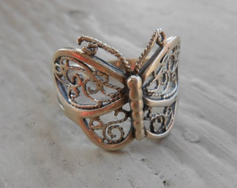 Vintage Sterling Silver Filigree Butterfly Ring. Size 10.5