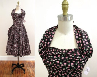 Vintage 1950s Dress | Black and Pink Floral Print Halter Style 1950s Sundress | petite xs - small | 5D002