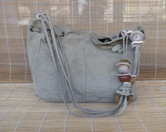 Vintage Lady's 1980's Tan Beige Suede Shoulder Strap Tote Bag Purse