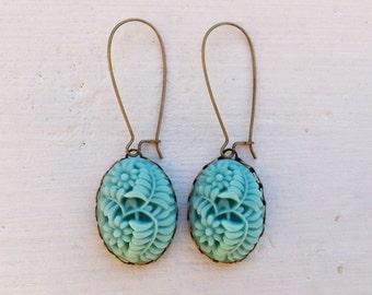 Aqua Earrings/Turquoise Earrings/Flower Earrings/Rustic Wedding Earrings/Bridesmaid Earrings/Aqua Flower Earrings/Aqua Bridesmaid Earrings