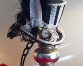 Alice in Wonderland Mad Hatter Humbug Black & White Stripe Night Circus Dark Alice Mini top hat Steampunk hat