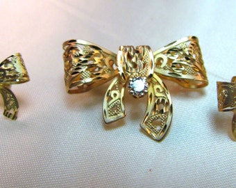 14K Yellow Gold and 1/4 CTW Diamond Brooch W/Matching Earrings, Laser Cut, Stunningly Tasteful!