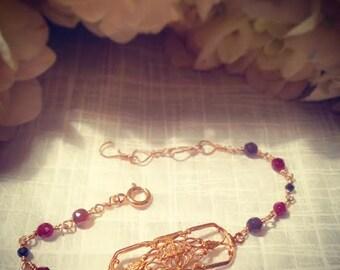 Peercha Garnet Bracelet. 14kt gold filled handmade chain with garnets and onyx