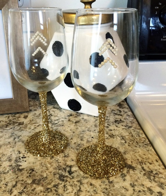 Gold glittered thin stem wine glass glasses in by for Thin stem wine glasses