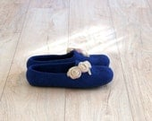 Women wool slippers - wool house shoes - felted wool slippers - navy blue with beige roses - Wedding gift