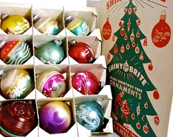 """Shiny Brite Ornaments 12 Large 4"""" Stenciled Mica Box and Hooks Star Man Included 1940s - 1950s"""