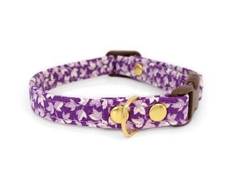SALE Purple Floral Cat Collar Vintage Fabric