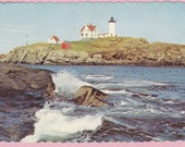 """Ca. 1980 """"Nubble Light House"""" York Beach, ME Scalloped Topographical Picture Postcard - 1741"""