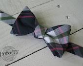 Navy Plaid Bow Tie~Mens Self Tie Bow Tie~Mens Pre-Tied~Anniversary Gift~Wedding Tie~HoBo Ties~Cotton Bow Tie~Wedding~Navy and Pink Tie~