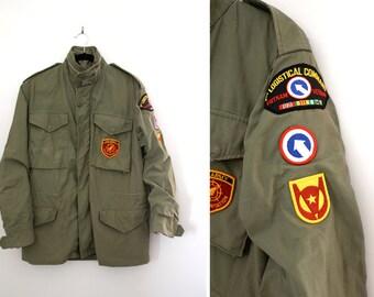 Vintage Men's Green Army Jacket - Vietnam War Veteran's Field Jacket - Military Parka Coat - Size Small Regular