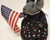 Patriotic Mouse, Parade Mouse, Mouse with Flag, Primitive Mice, Americana Decoration