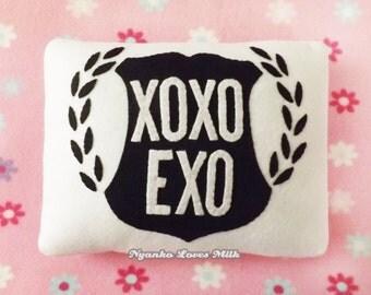 Exo XOXO (White) Pillow