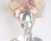 Mermaid Headdress Dancing Pearl
