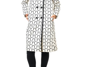 1960s Vintage Mysteriously Playful Black and White Balloon Coat  Size:M/L