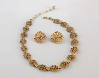 Vintage Avon Necklace And Earrings Set - Bib Necklace and Clip Earrings from the 70s