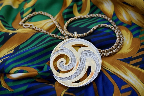 Vintage Gold Necklace, Silver and Gold Statement Necklace, Gold Pendant Necklace, Circle Swirl Pendant, One of a Kind Vintage Necklace