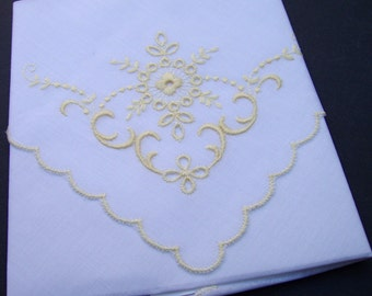 VINTAGE Swiss eyelet embroidery hanky pair with scalloped edges . pastel yellow & white . unused . alba