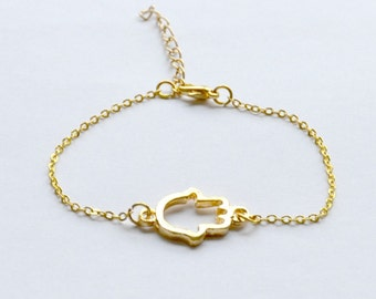 Bridesmaids gifts, Gold Hamsa Bracelet, gold chain bracelet, gold Hamsa, jewish jewelry, hand of Fatima, dainty bracelet, protection charm