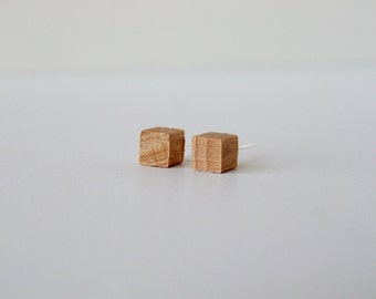 Natural Geometric square wooden stud post earring 10mm
