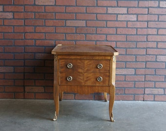 End Table / Chairside Chest / French Provincial End Table by Henredon